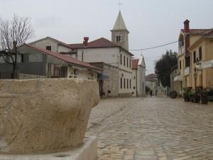 Nin Town